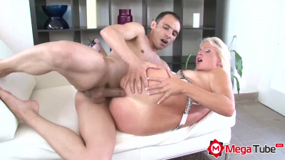 Curvy blonde ass to throat fucked & takes cum all inside her hole