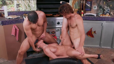 Backyard sausage party ends into double team threesome for Dee Williams