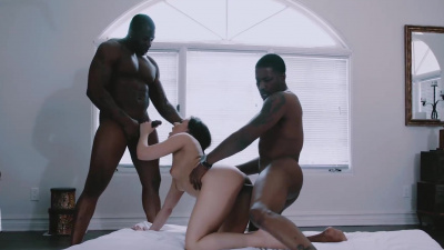 A kinky couple invite another guy over for a delicious three-way