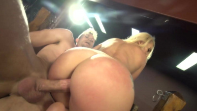 Big-assed bombshell AJ Applegate obediently rides huge cock