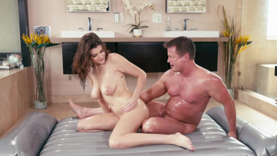 Masseuse Michele James with big tits gives blowjob and fucks with a client