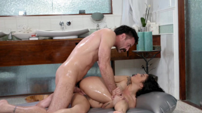 Cute brunette Vanessa Sky has sex and gets cum on her face