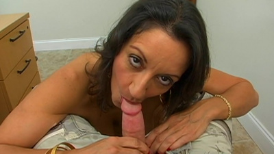Shapely milf Persia getting her mature pussy railed in the office
