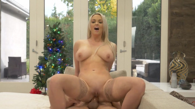 Brook Page gives her boyfriend the gift of anal on Christmas