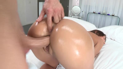 August Ames has a fetish for huge dicks