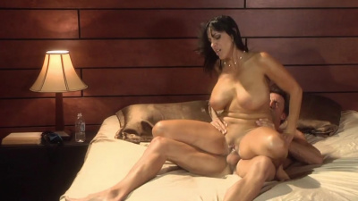 Tanned milf Veronica Rayne passionate sex