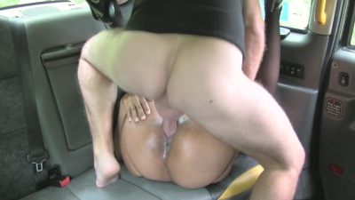 Ebony Sade Rose strips down to stockings & fucks the white driver in the cab